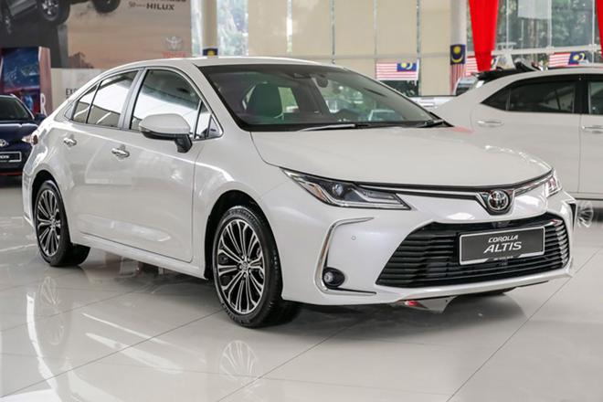 Triệu hồi 166 xe Toyota Corolla Altis do lỗi bơm nhiên liệu
