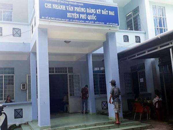 Kiên Giang: Bắt tạm giam lãnh đạo Chi nhánh Văn phòng đăng ký đất đai Phú Quốc
