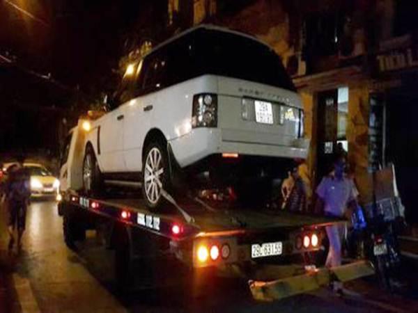 Hà Nội: Xác định danh tính tài xế Range Rover tông cháu bé tử vong