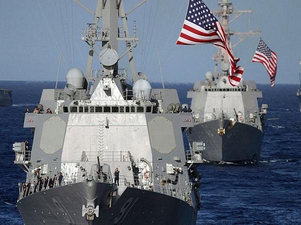Mỹ bất ngờ điều tàu chiến áp sát đảo nhân tạo do Trung Quốc xây bất hợp pháp ở Biển Đông