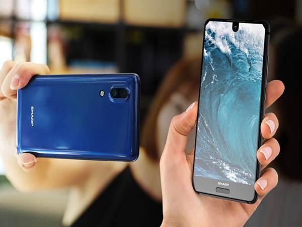 Sharp ra mắt smartphone màn hình tràn viền giống concept iPhone 8