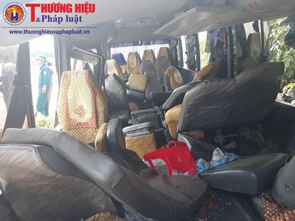 Vĩnh Phúc: Xe tải va chạm xe khách, 24 người bị thương