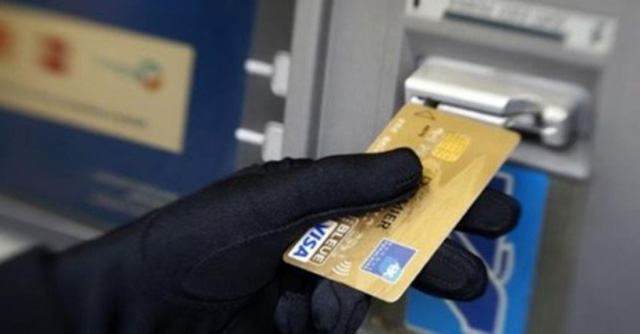100 triệu đồng của khách hàng lại 'bốc hơi' dù thẻ ATM vẫn nằm trong túi!