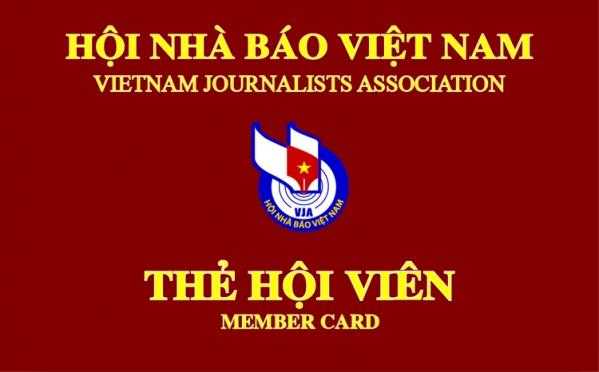 Hội Nhà báo Việt Nam trao thẻ hội viên đợt đầu, giai đoạn 2016-2021