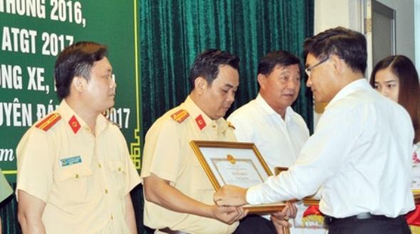 Ban ATGT tỉnh Đồng Nai: Lập thành tích để làm động lực tiến lên