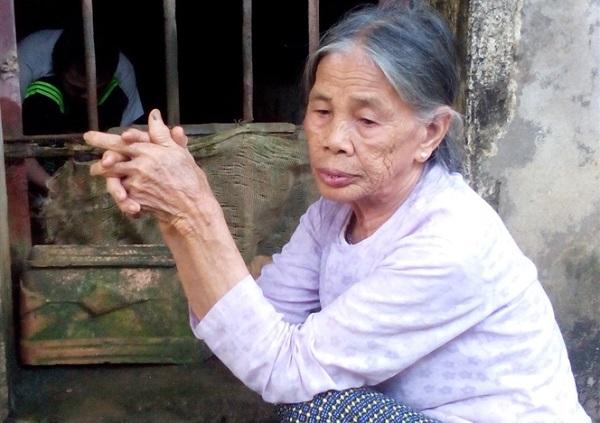 Nỗi đau xé lòng người mẹ phải nhốt con suốt 36 năm trong chuồng lợn