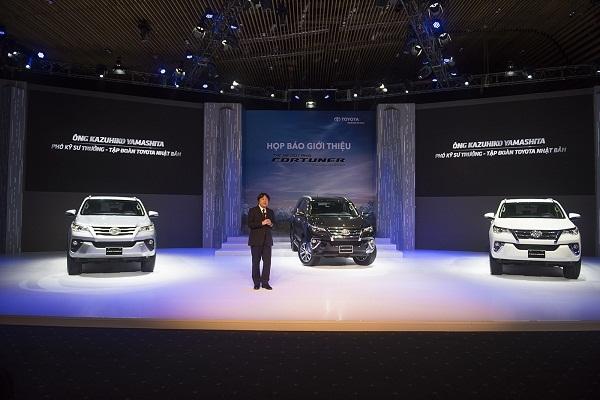 Toyota Fortuner 2017: Liệu có xóa được biệt danh 'thánh lật'?