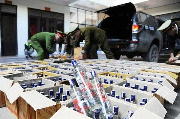 Hà Giang: Gần 1 nghìn chai rượu không rõ nguồn gốc bị thu giữ