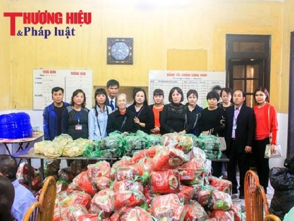 Lãnh đạo Hội Nghệ nhân và Thương hiệu Việt Nam thăm, tặng quà Tết tại Trung tâm Bảo trợ Xã hội II