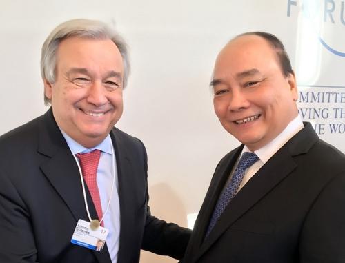 Thủ tướng Nguyễn Xuân Phúc gặp gỡ, tiếp xúc song phương tại Davos