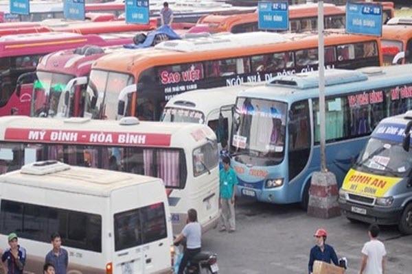 Vé xe khách tăng giá 'sốc' lên tới 60% dịp Tết