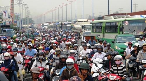 TP.HCM vận động người dân đi bộ để giảm ùn tắc giao thông