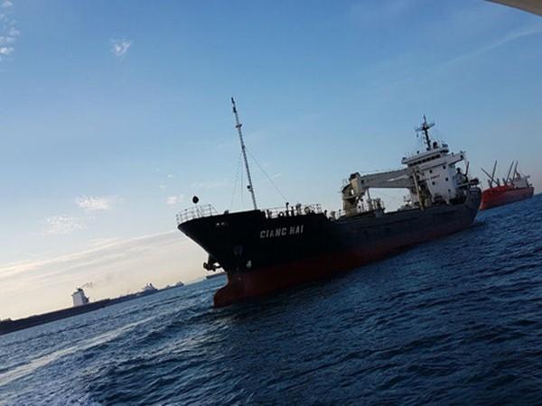 Tàu Việt Nam bị cướp biển tấn công: 1 thủy thủ thiệt mạng, 6 người bị bắt cóc