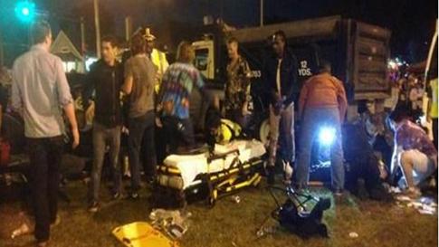 Mỹ: Xe tải lao vào đám đông ở New Orleans, 28 người bị thương