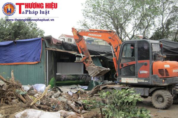Q.Hoàng Mai, Hà Nội: Cưỡng chế hàng loạt công trình lấn chiếm vỉa hè và đất quy hoạch
