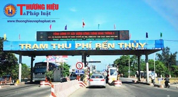 Chủ các phương tiện ô tô hai đầu cầu Nghệ An và Hà Tĩnh ký cam kết không đi đường BOT