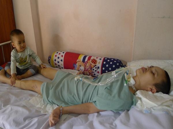 Hà Nội: Nhói lòng tình cảnh của người phụ nữ trong vụ nổ ở Văn Phú, Hà Đông