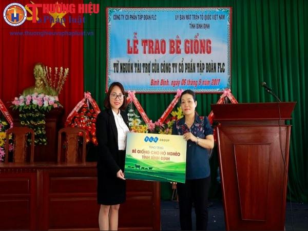 Tập đoàn FLC trao bê giống cho người dân 6 huyện ở Bình Định