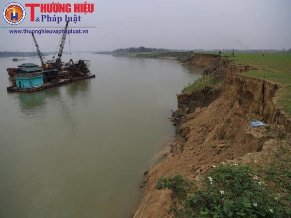 Khai thác cát gây sạt lở nghiêm trọng tại sông Lô - Phú Thọ: Cty Thái Sơn phớt lờ chỉ đạo của chính quyền?