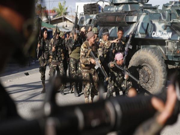 IS chiếm thành phố Marawi, Tổng thống Philippines khẩn cấp bay từ Nga về nước