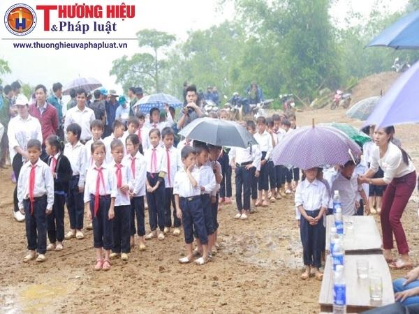 """Tập đoàn FLC """"mang"""" trường tiểu học lên vùng cao cho các em học sinh Pú Xi, Điện Biên"""