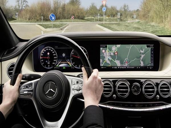 Hé lộ nội thất Mercedes-Benz S-Class 2018 sắp ra mắt