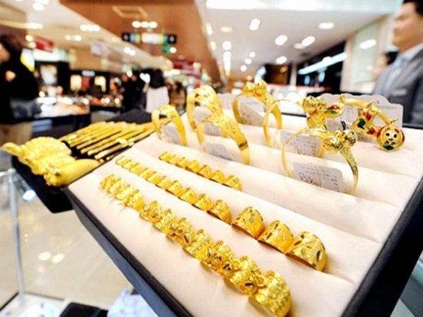 Giá vàng ngày 23/6: Tiếp tục tăng 50 nghìn đồng/lượng